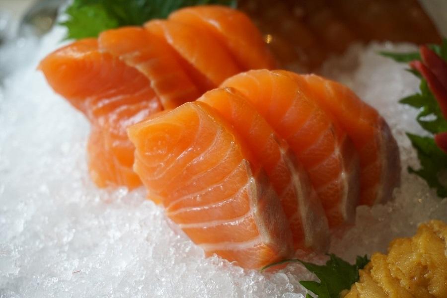 salmon_web